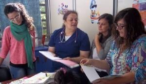 """El hospital """"San Roque"""" trabaja con el hogar de niños Esos Locos Bajitos"""
