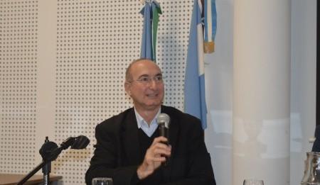 """Alejandro Lapunzina: """"Ser invitado a dar una charla sobre la Casa Curutchet, confieso que fue uno de los momentos más gratos que pude sentir"""""""