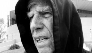 CARAS Y CARITAS. El diseñador inglés Bob Gill, retrato de Ronald Shakespear.