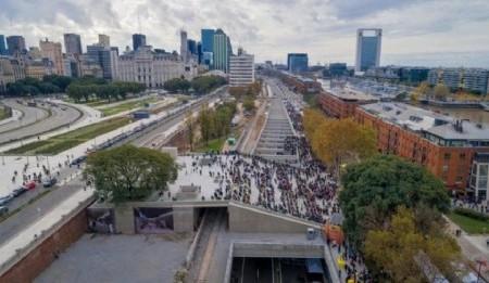 Paseo del Bajo, una obra argentina que respira diseño y funcionalidad por donde se la mire