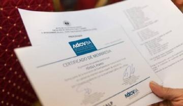 La ADCV Regional Capital hizo entrega de membresías en UCALP