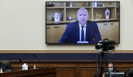 El CEO y fundador de Amazon, Jeff Bezos, testificó ante el Congreso de los Estados Unidos (Foto: Graeme Jennings/ Reuters)