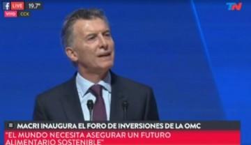 Impacto visual del presidente Mauricio Macri inaugurando el Foro de inversiones de la OMC