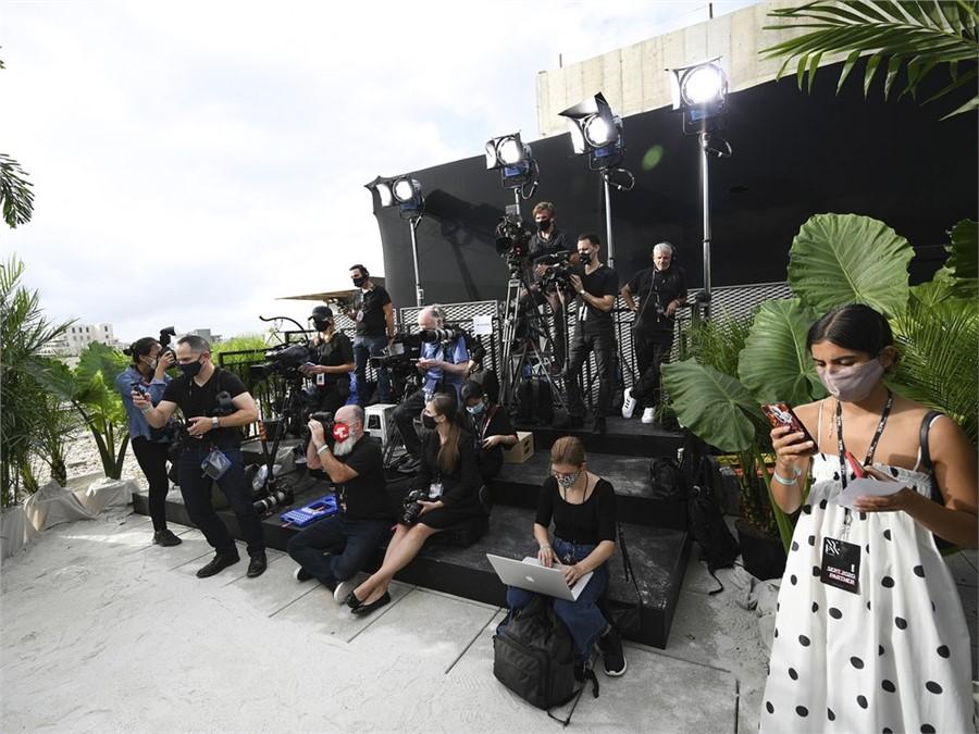 Bajo estrictos protocolos y poca prensa, así fue el desfile de Jason Wu (Photo by Evan Agostini/Invision/AP)