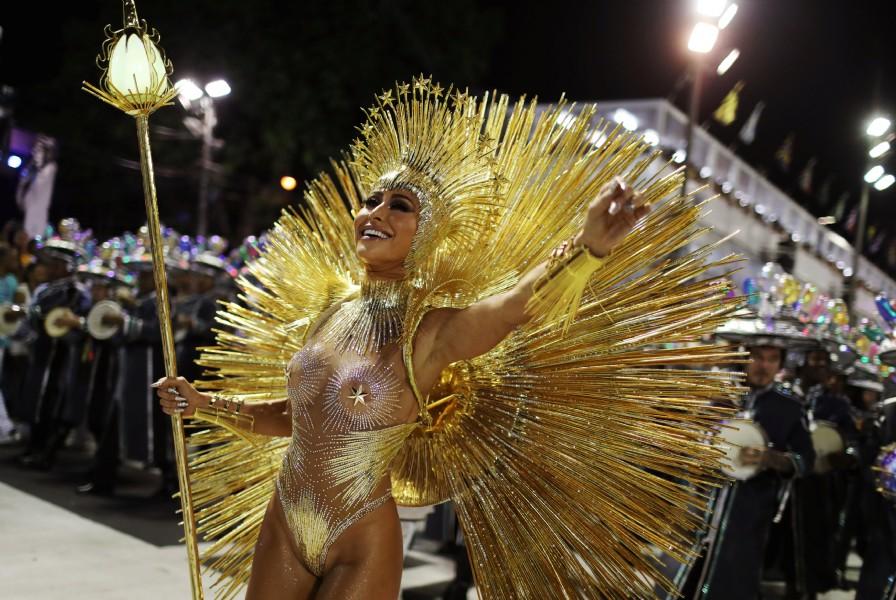 Uno de los trajes más jugados. (REUTERS/Pilar Olivares)