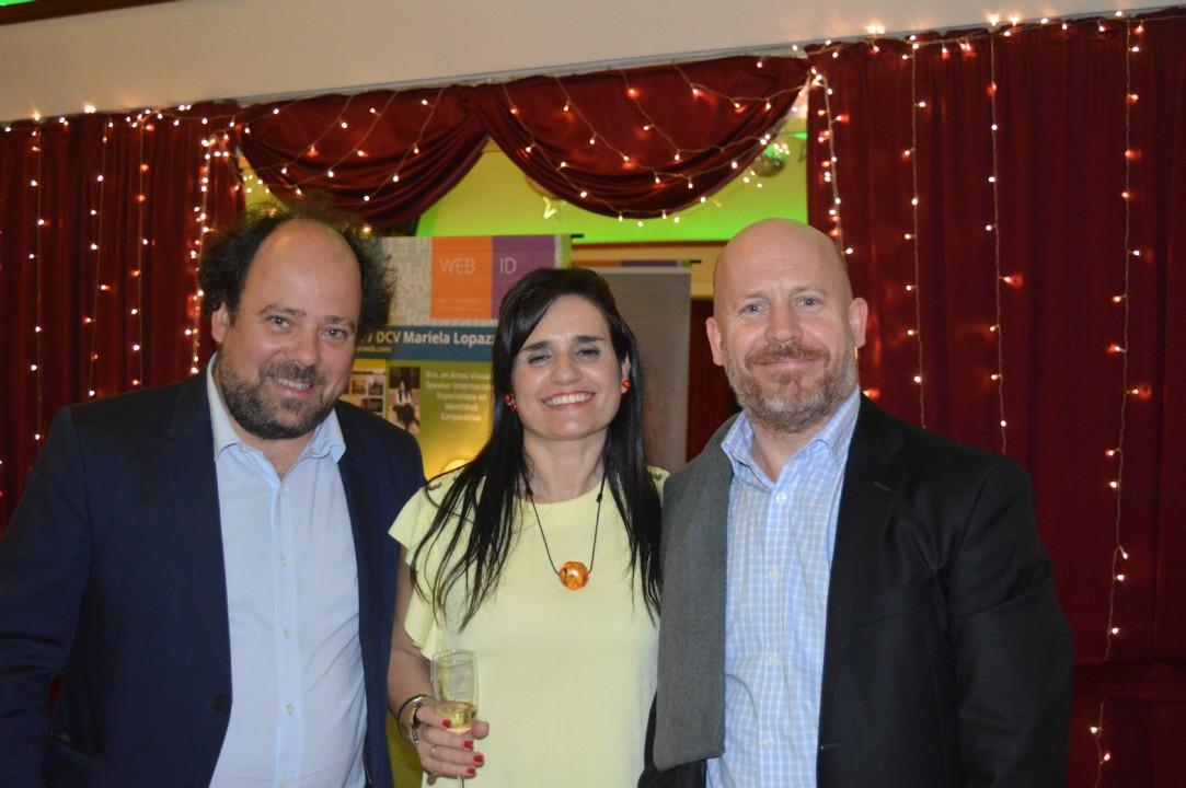 Con los diseñadores Juan Shakespear y Lorenzo Shakespear amigos, empresarios y columnistas del sitio