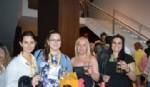 Alumnas que vinieron al Festival desde Córdoba con la Lic Jimena Cepeda y la Dra. Mariela Lopazzo en la presentación y lanzamiento de la nueva  Quilmes Clásica