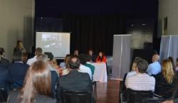 Pablo Alvarez, la Secretaria de desarrollo urbano y económico Ileana Cid, la diseñadora Florencia López, y el intendente de la ciudad de La Plata Julio Garro. Foto: Dopler Agencia de Noticias de Diseño. Todos los derechos reservados