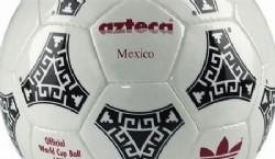 1930, Uruguay: en el primer mundial se utilizó la pelota argentina de 12 paneles, balones de tiento con gajos rectangulares   Fuente: Archivo