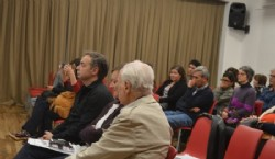 Entrevistando al Presidente del Festival Internacional de Cine de Mar Del Plata José Martínez Suarez y al director de Los Corroboradores Luis Bernández. Foto: Dopler Todos los derechos reservados.