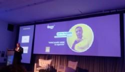 Presentación de Carlos Pezzani por Osvaldo Palena organizador de FePI. Foto: Dopler Todos los derechos reservados.